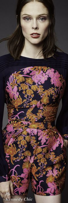 ZAC POSEN RESORT 2016 Black Flowers, Zac Posen, Personal Style, Floral Design, Cool Outfits, Floral Prints, Shops, Style Inspiration, Colour