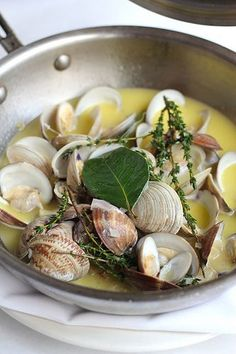 Fresh Clams Steamed in Lemon Butter. Fresh Clams Steamed in Lemon Butter with Herbs. Clam Recipes, Fish Recipes, Seafood Recipes, Cooking Recipes, Healthy Recipes, Asian Recipes, Fish Dishes, Seafood Dishes, Fish And Seafood