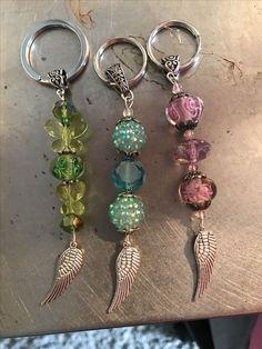 Jewelry Making Crystal Porta chiavi fai da te - Klicke um das Bild zu sehen. Porta chiavi fai da te - Porta chiavi fai da te Porta chiavi fai da t Wire Jewelry, Jewelry Art, Beaded Jewelry, Jewelery, Jewelry Design, Beaded Bracelets, Fashion Jewelry, Silver Jewelry, Jewelry Accessories
