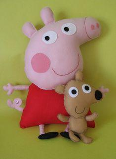 Peppa and George Peppa Pig Soft Toy, Peppa Pig Teddy, Peppa Pig Doll, Peppa Big, Felt Diy, Felt Crafts, Diy And Crafts, Felt Garland, Felt Ornaments