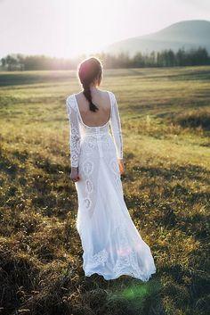 AtelierDeCouture / Úzke krajkové,,Focus wedding,,