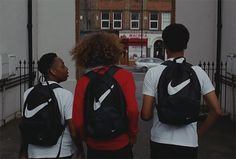 video art, Mura masa (Lovesick) Urban Aesthetic, Black Girl Aesthetic, Film Aesthetic, Bandanas, London Look, Youth Culture, London Photography, Material Girls, Photojournalism