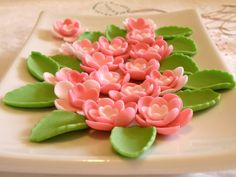 fondant flowers as waterlilies on the cake?