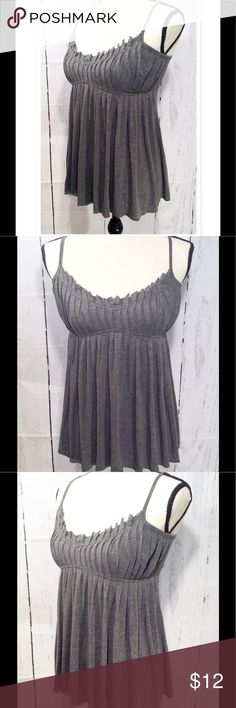 Forever 21 Babydoll Top Forever 21 babydoll style tank top. Dark heather grey, size xsmall. Features gathered bodice, flowy ruffled bottom, and spaghetti straps. Forever 21 Tops