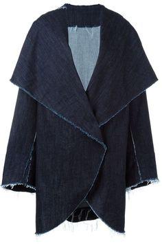Pin for Later: 30 coole Denim-Stücke, die keine Jeanshose oder -jacke sind Norma Kamali Jeansmantel mit ausgefransten Kanten Norma Kamali Jeansmantel mit ausgefransten Kanten (647,20 €)