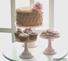 http://cupcake-franciscaneves.blogspot.pt/2014/03/buttercream.html