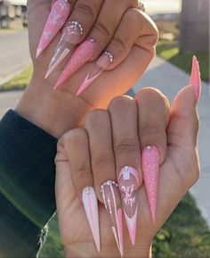 Purple And Gray Nail Designs For Summer 2019 - Convenile Bling Acrylic Nails, Glam Nails, Best Acrylic Nails, Bling Nails, Acurlic Nails, Pink Stiletto Nails, Rhinestone Nails, Cute Acrylic Nail Designs, Long Nail Designs