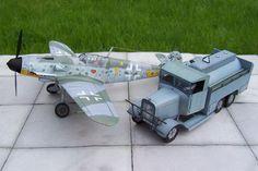 HENSHELL   cysterna lotniskowa , obok  stoi Messerschmitt  Bf 109