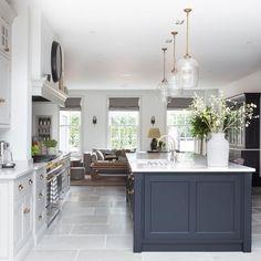 Open Plan Kitchen Dining Living, Living Room Kitchen, Home Decor Kitchen, New Kitchen, Home Kitchens, Dining Room, Luxury Kitchen Design, Interior Design Kitchen, Küchen Design