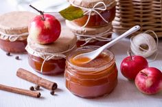 Home Canning, Caramel Apples, Food Storage, Panna Cotta, Spices, Food And Drink, Pudding, Homemade, Vegetables