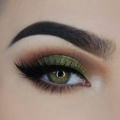 will remove eye makeup makeup looks for hazel eyes makeup night . - Eye make-up - Pretty Eye Makeup, Makeup Looks For Green Eyes, Green Makeup, Colorful Eye Makeup, Simple Eye Makeup, Natural Eye Makeup, Eye Makeup Tips, Smokey Eye Makeup, Colorful Eyeshadow