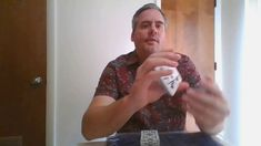 Learn Card Tricks THE KELLY MASTER MOVE APPLICATIONS Learn Card Tricks, Learn Magic Tricks, Magic Book, Magic Art, Book Of Changes, Close Up Magic, Color Change, Learning, Cards
