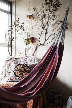 A hammock in the house? Why not.