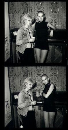 Female Punks, 1980. (born toooo late!!!)