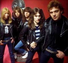 The classic line up when they needed nothing more than leather jackets and jeans. Iron Maiden Band, Heavy Metal, Nu Metal, Albums Iron Maiden, Great Bands, Cool Bands, Beatles, Clive Burr, Gypsy