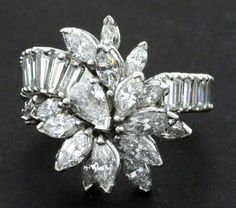 Vintage 1950s Platinum exquisite 7.0CT VS1/G diamond cluster cocktail ring