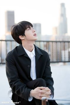 Image discovered by shei. Find images and videos about kpop, bts and jungkook on We Heart It - the app to get lost in what you love. Seokjin, Kim Namjoon, Kim Taehyung, Jung Hoseok, Bts Jin, Jin Kim, Bts Bangtan Boy, Jhope, Namjin