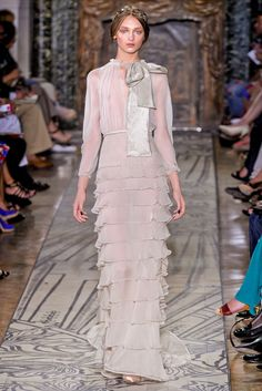 Valentino Fall 2011 Couture - Collection - Gallery - Style.com