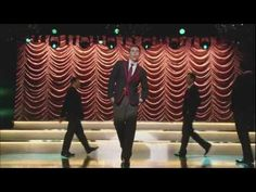"Warblers Perform ""Whistle"" from ""Thanksgiving"" 