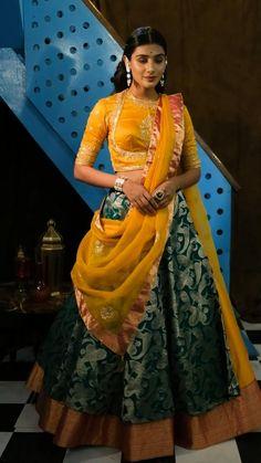 Designer Party Wear Dresses, Kurti Designs Party Wear, Lehenga Designs Latest, Rajasthani Dress, Rajputi Dress, Floral Lehenga, Bridal Lehenga, Indian Fashion Dresses, Designs For Dresses