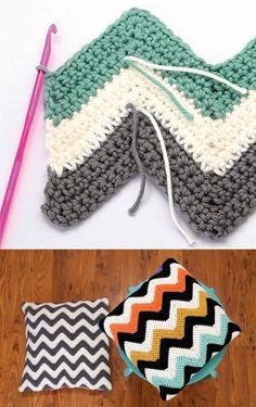 Ripple pattern: How to crochet chevron cushions Crochet Pillow Patterns Free, Crochet Headband Pattern, Crochet Stitches Patterns, Afghan Crochet Patterns, Crochet Designs, Crochet Home, Crochet Baby, Free Crochet, Knit Crochet