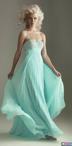 Shop prom dresses and long gowns for prom at Simply Dresses. Floor-length evening dresses, prom gowns, short prom dresses, and long formal dresses for prom. Cheap Prom Dresses, Homecoming Dresses, Bridesmaid Dresses, Wedding Dresses, Dresses 2013, Prom Gowns, Bridesmaid Color, Turquoise Bridesmaids, Wedding Limo
