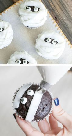 Chocolate and Vanilla Mummy Cupcakes | 40 Halloween Party Food Ideas for Kids | Easy Halloween Treats for Kids