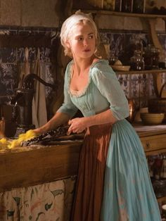 Cinderella as portrayed by Lily James Cinderella 2015, Cinderella Live Action, Cinderella Movie, Cinderella Dresses, Cinderella Aesthetic, Princess Aesthetic, Lily James, Le Far West, Poses