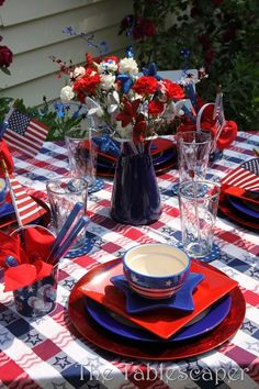 of july patriotic tablescape idea great for summer party