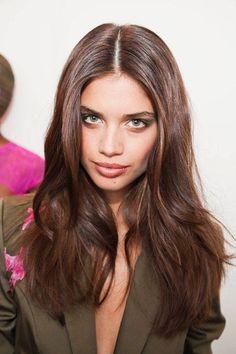 sara sampaio || chocolate brown hair