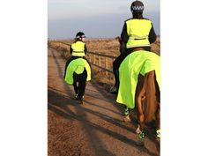 The Equisafety Exercise Sheet is made from a 360 degree reflective and fluorescent yellow (EN1150) performance fabric that is guaranteed to provide the highest visibility. http://www.totally-tack.co.uk/p_1233_equisafety-wrap-around-exercise-sheets