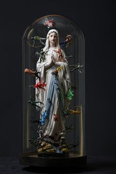 Thoughts and prayers -Laurent Gauthier- *Ces myriades d'objets. 'Mater Dolorosa (assemblage et collage. List Of Artists, Large Art, Installation Art, Street Art, Kitsch, Altered Art, Unique Art, Les Oeuvres, New Art
