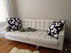 San Francisco: White Leather Couch $1100 - http://furnishlyst.com/listings/1171612