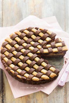 Crostata Crema e Nutella - cake with Nutella and Cream Tart Recipes, Sweet Recipes, Cooking Recipes, Mini Desserts, Just Desserts, Crumble Pie, Cake Cookies, Cupcakes, Pie Decoration