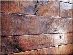bontott faanyagból egyedi falburkolat