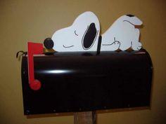 so cute...Snoopy Mailbox
