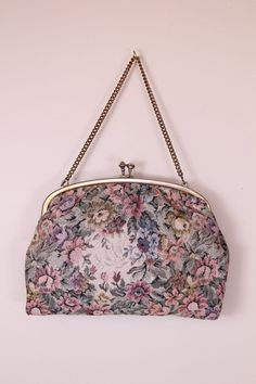 Vintage - 60s - Floral  Embroidered Tapestry - Clasp - Gold Chain Strap - Cocktail - Handbag - Purse