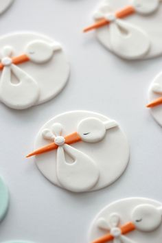 Stork Cupcake Topper Tutorial