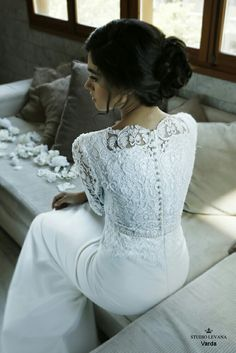 This gentle lace modest wedding gown Wedding Gowns 2016, Wedding Dress With Veil, Elegant Wedding Dress, Malay Wedding Dress, Minimalist Wedding Dresses, Modest Wedding Gowns, Wedding Gowns With Sleeves, Elegant Bride, Renewal Wedding