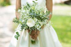 Schwingender luftiger Sommer-Brautstrauß