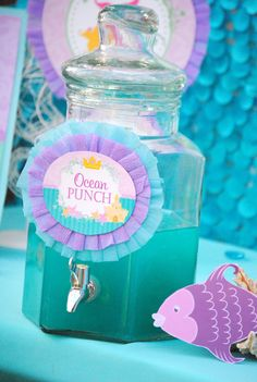 Baby Girl Birthday Party Themes 49 Ideas For 2019 Mermaid Theme Birthday, Little Mermaid Birthday, Little Mermaid Parties, Girl Birthday, Mermaid Party Favors, Mermaid Party Decorations, Birthday Drinks, 6th Birthday Parties, Birthday Ideas