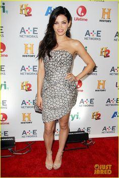 Jenna Dewan-Tatum in a Rubin Singer dress, Stuart Weitzman sandals, AS29 rings and Sara Weinstock earrings.
