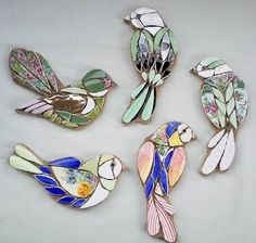 These divine tiny jewelled bird mosaics would look perfect as a broach or wall m… – Mosaic Mosaic Garden Art, Mosaic Tile Art, Mosaic Artwork, Mosaic Backsplash, Mosaic Glass, Paper Mosaic, Stained Glass Birds, Stained Glass Patterns, Mosaic Patterns