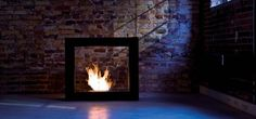 Electronic bio ethanol fireplaces, just press on the remote control. A-FIRE eco-friendly modern bioethanol fireplace: design, safe, easy to use Bioethanol Fireplace, Home Fireplace, Modern Fireplace, Fireplace Design, Boho Living Room, Art Of Living, Camino Design, Bio Ethanol, Standing Fireplace