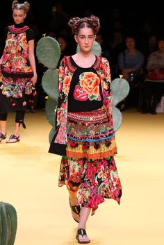 Tokuko Maeda..Contemporary Mexican designer.Adore.