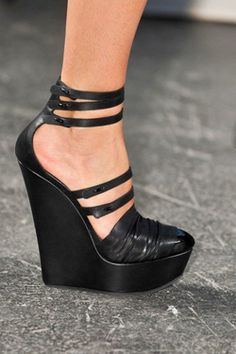 Givenchy, Spring 2010 RTW wedges
