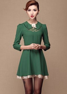 Green Lapel Long Sleeve Lace Applique Dress