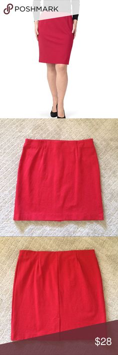 """JJill Ponte Knit Pencil Skirt So bright and colorful and perfect for summer! Flat elastic waistband. Back kick pleat. I don't remember ever wearing this but I might have worn it once. 60% viscose, 35% nylon, 5% spandex. 18""""wide, 21"""" long. jjill Skirts Pencil"""