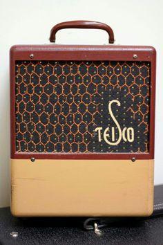 1961-'62 TEISCO Model 30. LINK WRAY TONE & amazing grill cloth detail! 5 watts w/Two 6AV6 preamp, 6X4 rectifier & 6AR5 power + 8 inch ceramic speaker. MIJ-Japan Vintage.