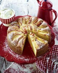 Apfel-Mandel-Kuchen.  Looks just like my mothers. Yum!!!